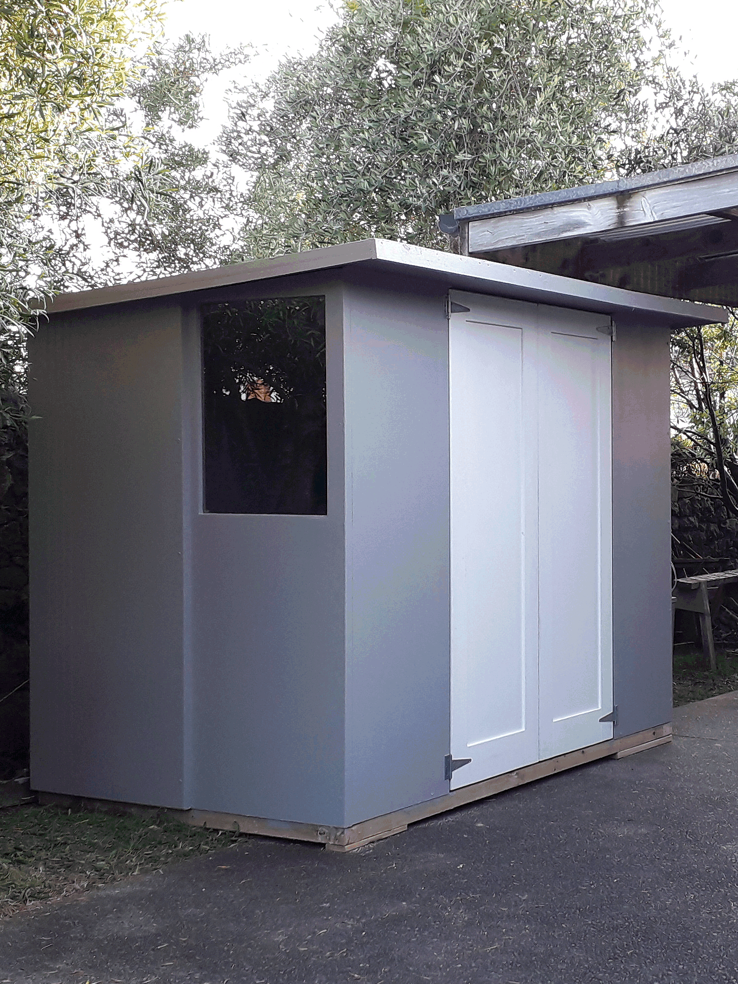 Shed doors put in